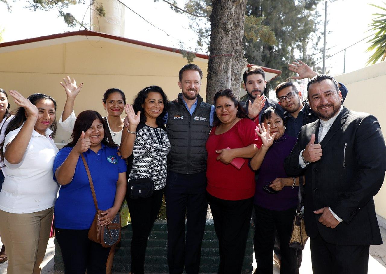 Entrega Banck baños renovados en Preescolar Adolfo Ruiz Cortines