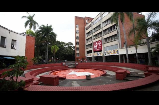 Universidad colombiana condena asesinato de alumnos en Puebla