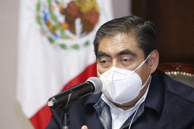 Pide Barbosa aceptar restricciones sanitarias contra la pandemia