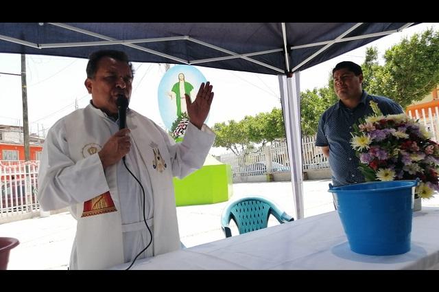 Festejan la Santa Cruz Verde en Acatlán de Osorio