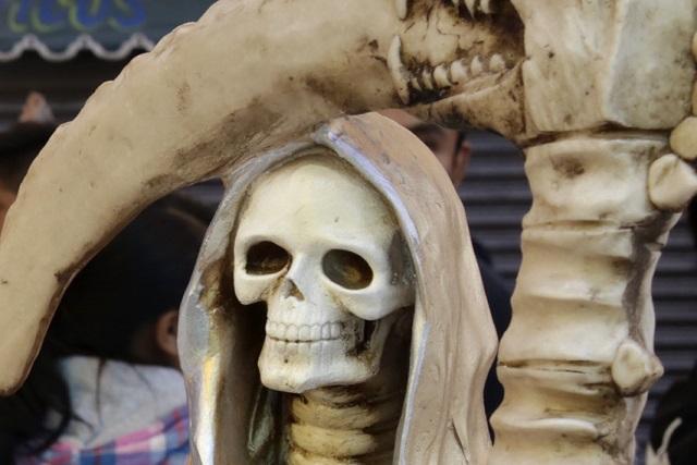 Video: Que la Santa Muerte te lo multiplique, le desean a asaltante