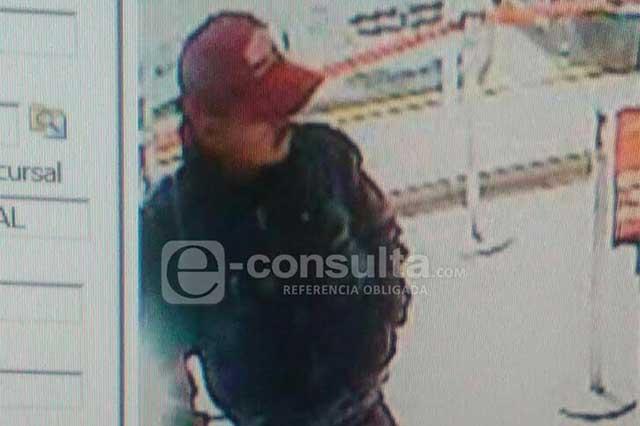 Ladrón desata balacera en Santander de Bulevar 5 de Mayo