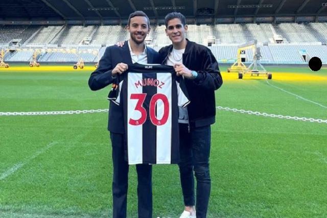 Newcastle otorga el dorsal 30 al mexicano Santiago Muñoz