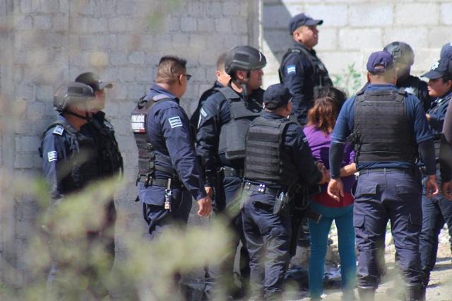 Alumnos enfrentan a policías por cateo en Internado de Zaragoza