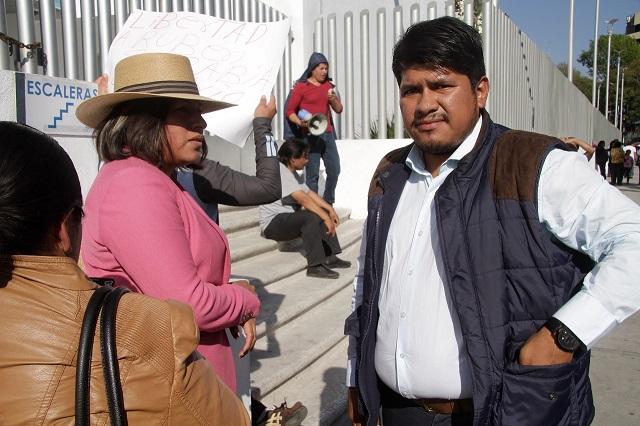 Juez decreta libertad a Xihuel Sarabia, hijo mayor de Simitrio
