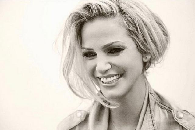 Murió la cantante británica Sarah Harding