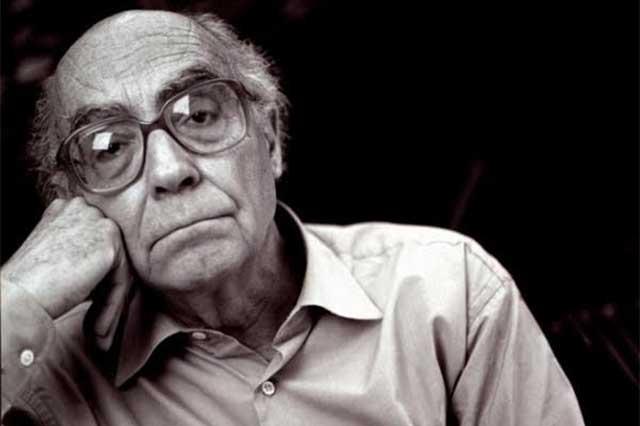 Recordamos a José Saramago a 93 años de su nacimiento
