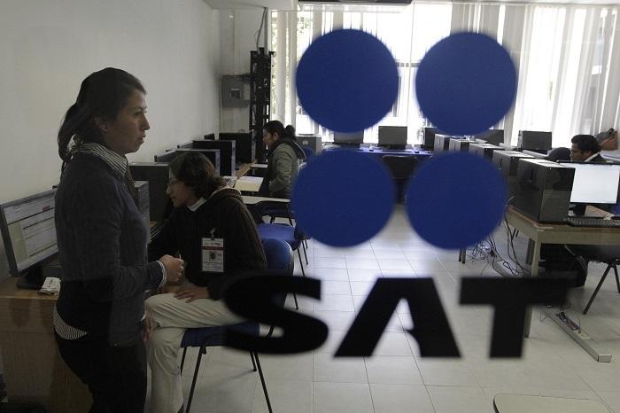 Ficha el SAT a cuatro empresas poblanas como factureras
