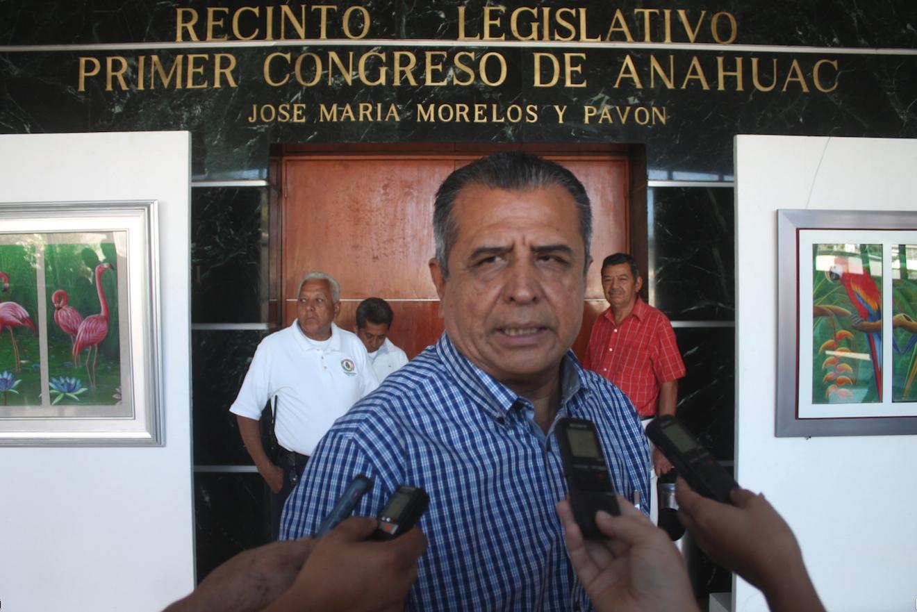 Diputado del PRI en Guerrero niega vínculos con Los Tequileros