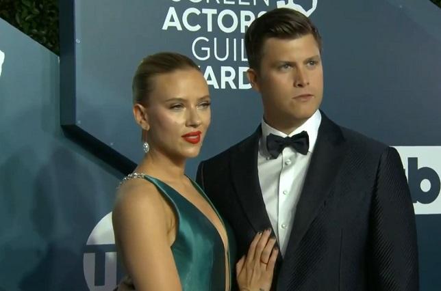 Fotos: Scarlett Johansson causó revuelo en redes con sexy vestido