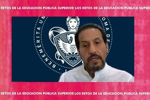 Por Covid, 304 mil dejan la educación superior: Esparza
