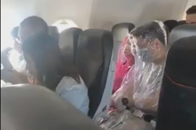 Video: Pareja se envuelve con plástico para evitar contagio de coronavirus