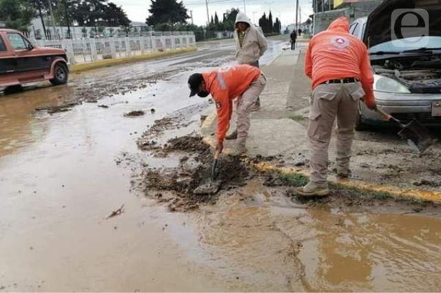 Se desborda presa en Esperanza, no se reportan daños