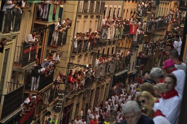 En Pamplona, a veces se vale todo...
