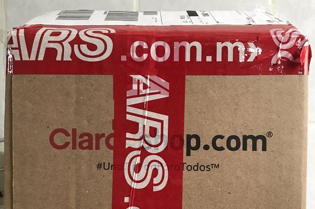 Compra iPhone y le llega un jugo Boing, la historia viral que golpea Sears