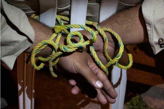 Condenan a 150 años de cárcel a 3 sujetos acusados de secuestro exprés