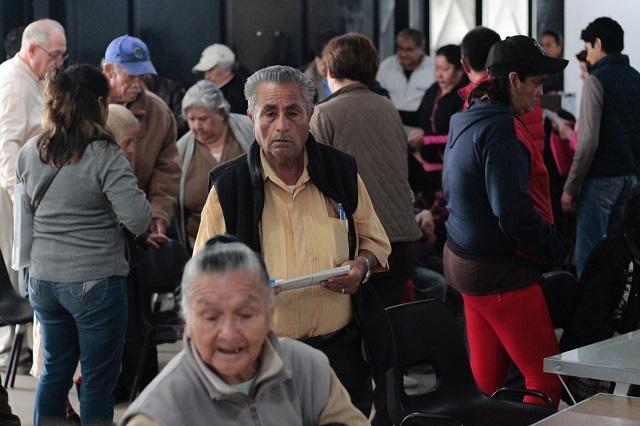 Programas sociales en Puebla, sin planeación ni seguimiento: estudio