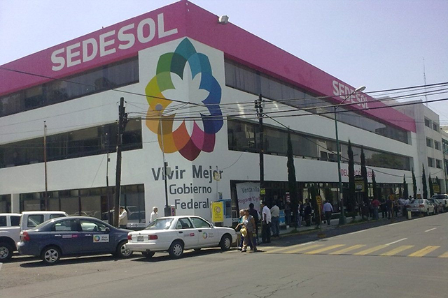 Difunden que Sedesol pagó 65 mdp a 17 mil 674 personas muertas