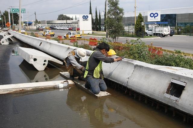 Deben corregir drenaje en segundo piso de la autopista: Upaep