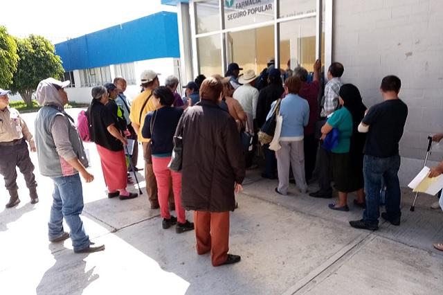 Seguro Popular retrasa 3 meses reembolso por medicinas pagadas
