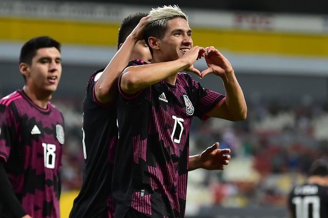 Selección Mexicana estará en Tokio; vence a Canadá por 2-0