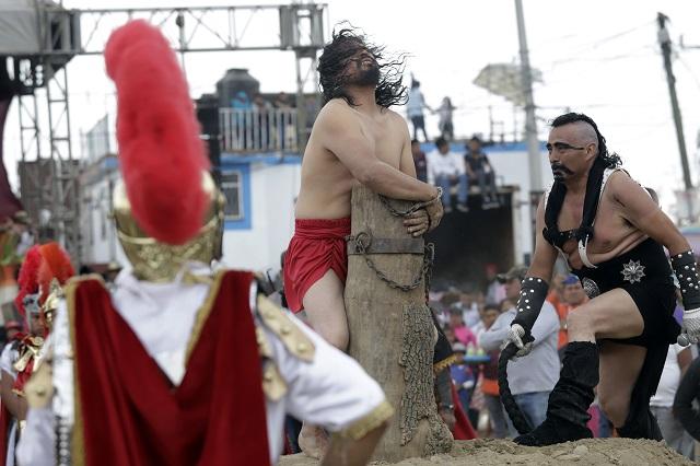 Hasta después de junio, la muerte de Cristo en Romero Vargas