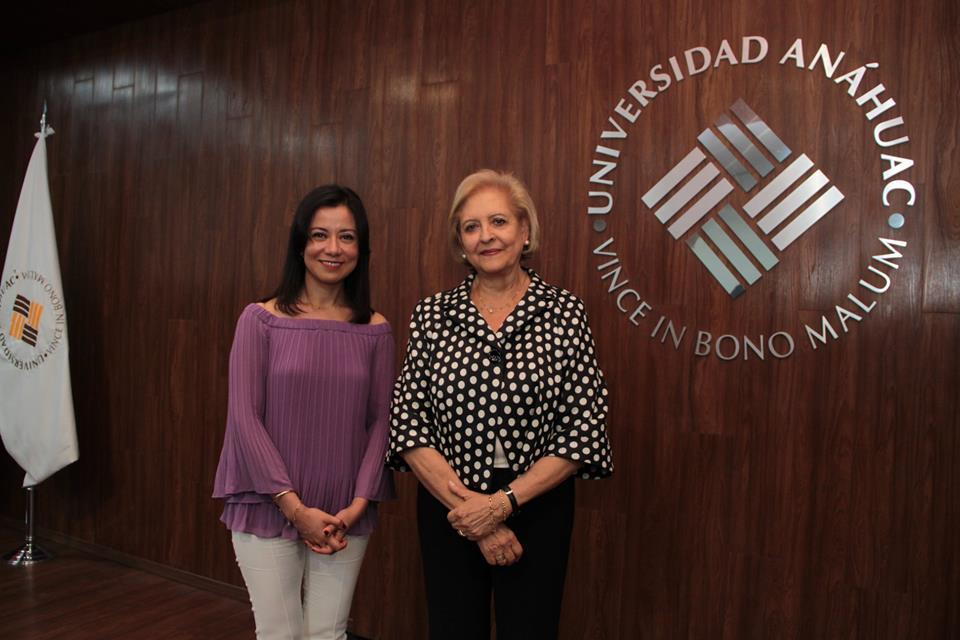 Comisionada INAI abre ciclo de conferencias en la Anáhuac