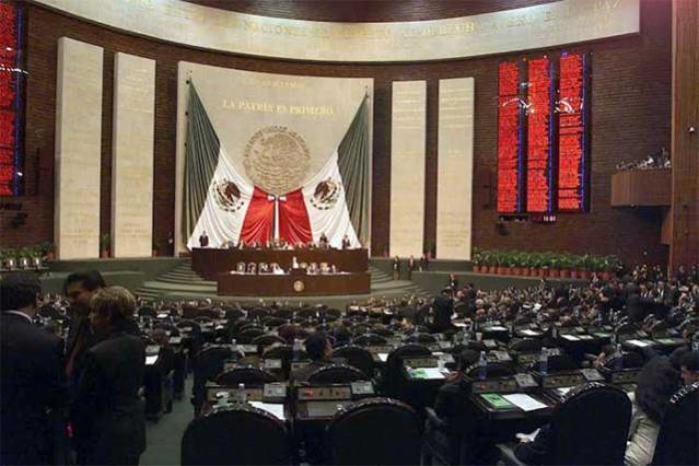 Diputados federales acusan intromisión de RMV en elección