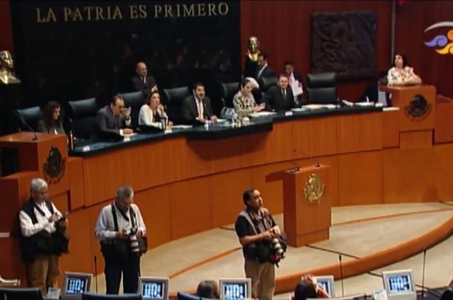 Por expresiones contra mujeres, Senado pide a Mireles que renuncie