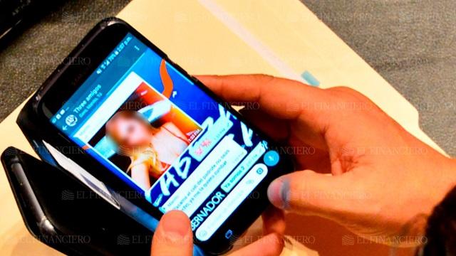 Captan celular de senador del PAN que chateaba sobre sexoservicio