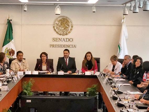 Senado va contra sentencia que congela bajar salarios de funcionarios