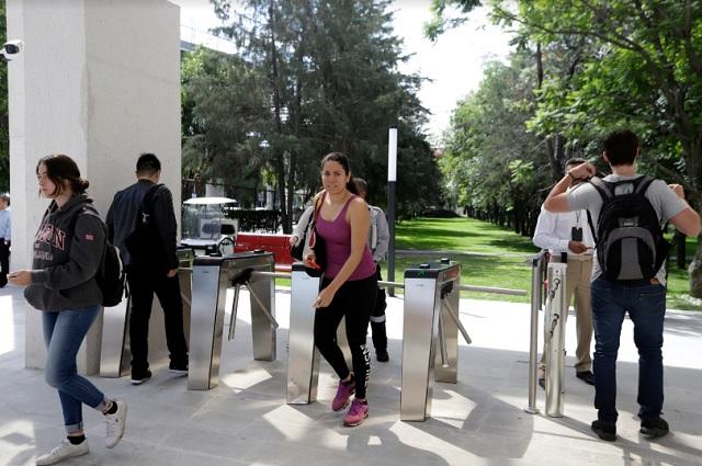 Muchas universidades pero baja cobertura, en Puebla: SEP