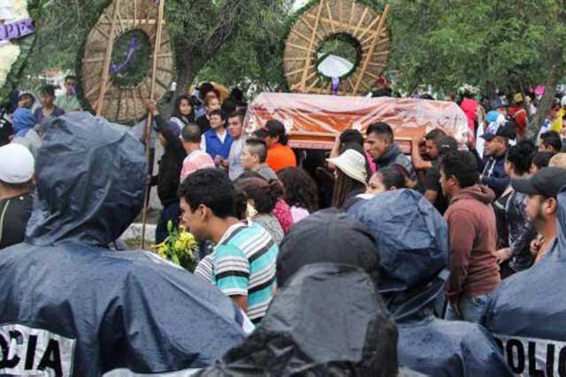 Una mujer podría tomar el lugar de El Ojos en la banda de Tláhuac