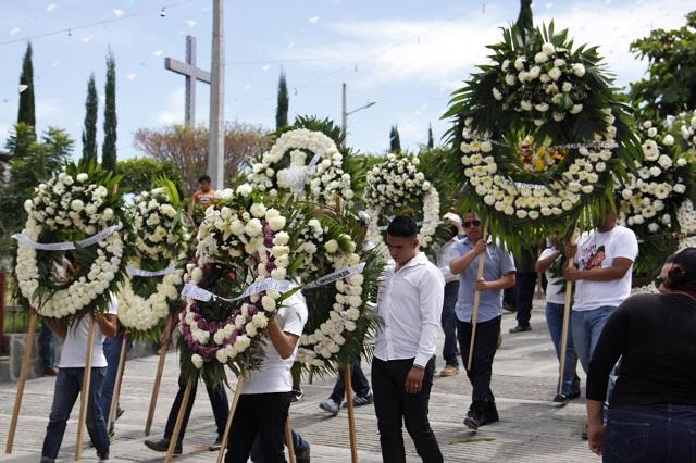 Hasta 200 mil pesos puede costar un servicio funerario en Puebla