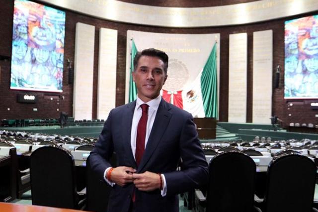Sergio Mayer asegura que legislará por convicción, no por dinero