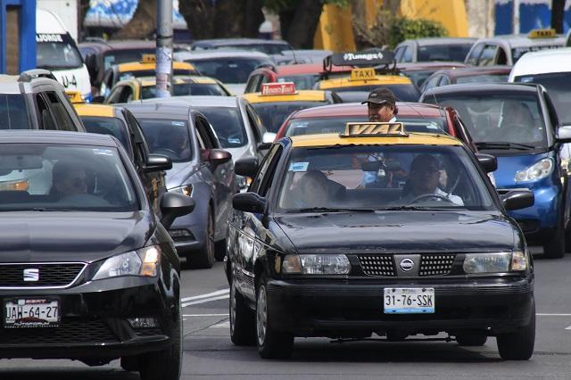 Propone Gali pago anual por refrendo de concesión de taxis