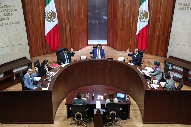 Revocan suspensión a morenista que criticó proceso de Puebla