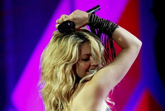 Shakira comparte video y le llueven críticas a sus glúteos