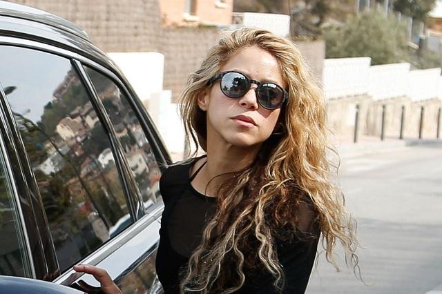 Shakira mantiene su gran figura gracias al tenis