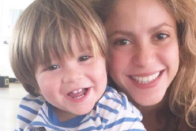 Shakira comparte foto con Sasha para agradecer mensajes de apoyo