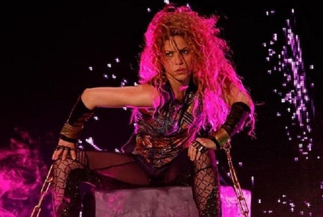 Shakira regresa a los escenarios y mira lo que le escribió Piqué en Twitter