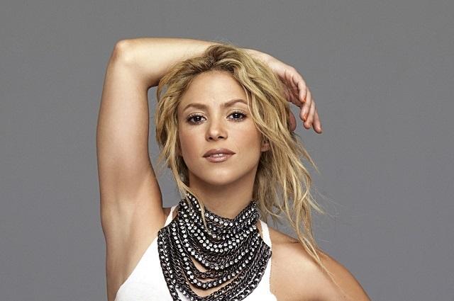 Acusan a Shakira de vender artículos nazis en su gira El Dorado