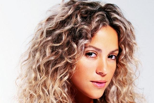 Rumoran que Shakira nuevamente tiene problemas con su voz
