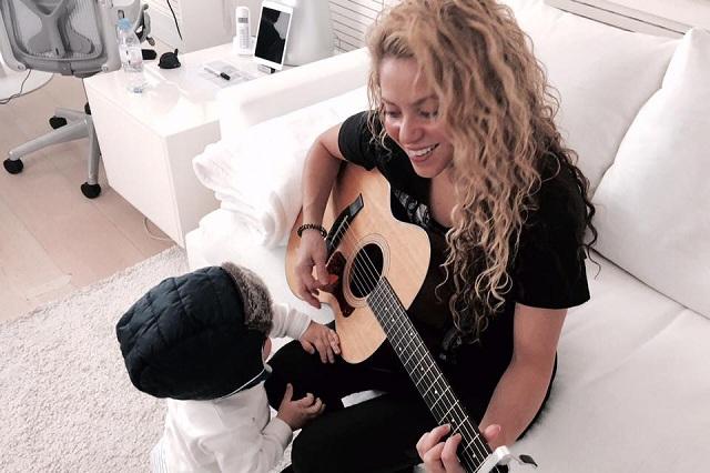 Shakira presume a su hijo menor e internautas se enamoran de él