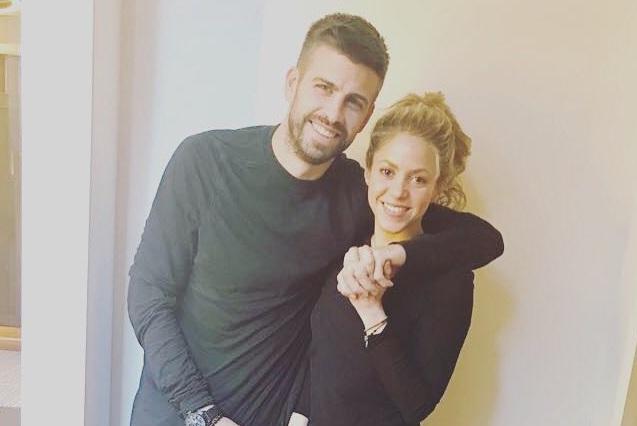 Mhoni predice divorcio de Pique y Shakira por una infidelidad de él