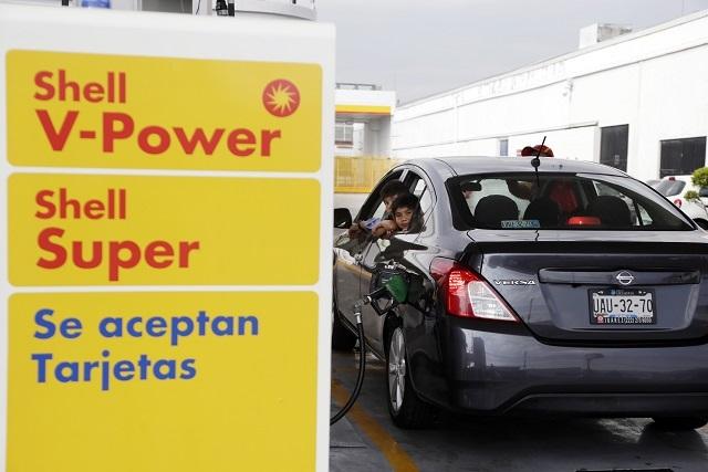 Por tercer día consecutivo, caos vial por inauguración de Shell