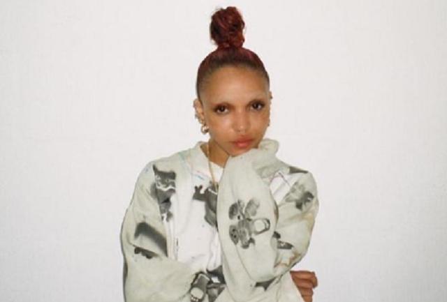 La cantante FKA twigs denuncia a Shia LaBeouf por agresión sexual