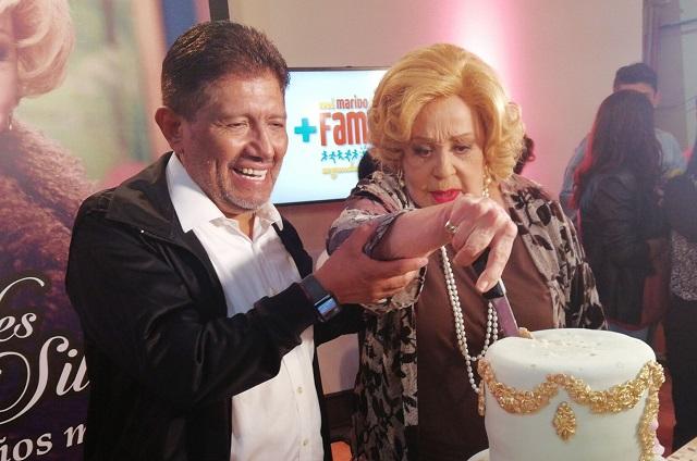 Famosos festejan cumpleaños 87 de Silvia Pinal