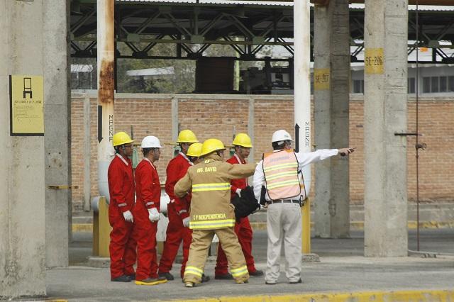 Trabajadores de Pemex en Puebla se suman a movimiento contra Deschamps