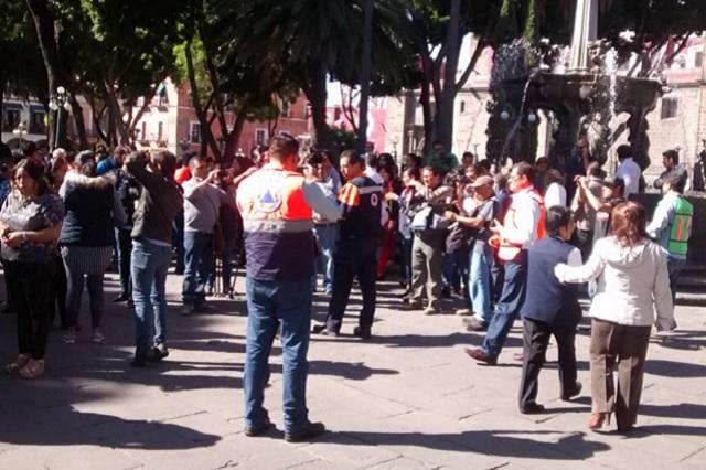 Hacen simulacro de sismo en el centro histórico de Puebla